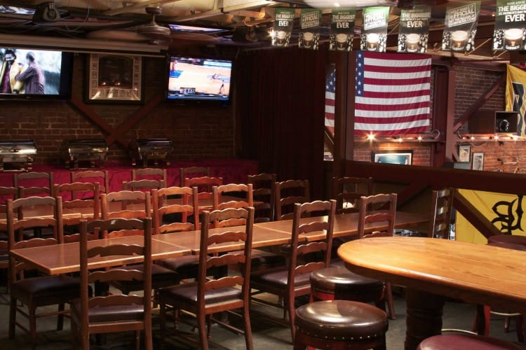 Legends-Sports-Bar-Private-Party-Room-1