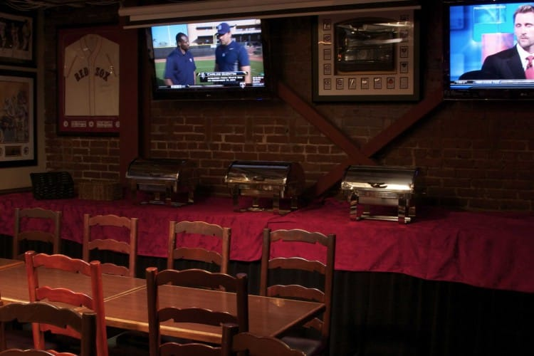 Legends-Sports-Bar-Private-Party-Room-5