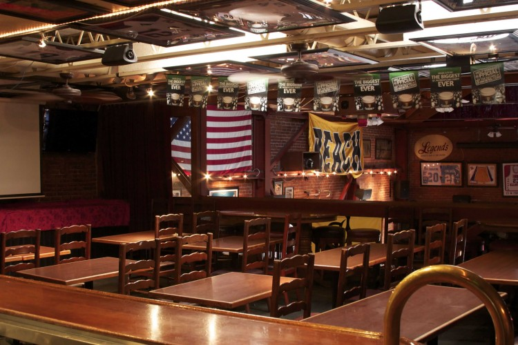 Legends-Sports-Bar-Private-Party-Room-6
