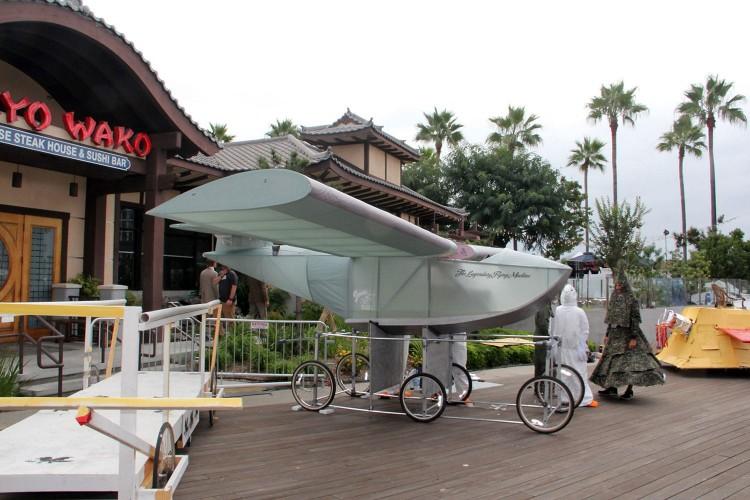 red-bull-flugtag-long-beach-legendary-flying-machine-07